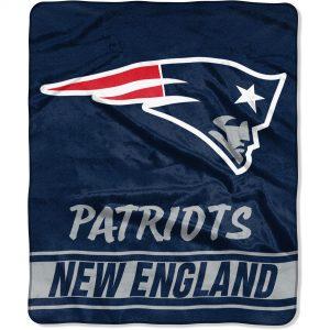 New England Patriots The Northwest Company 50″ x 60″ Stabilize Raschel Plush Throw Blanket